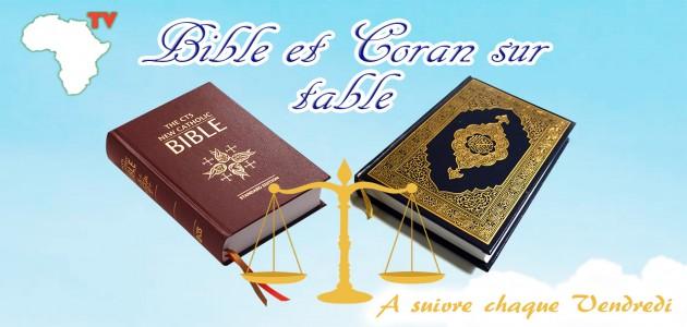 Bible et Coran sur table